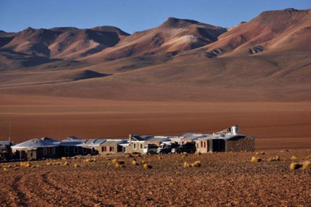 white and green san pedro de atacama tour privado hotel tayka del desierto